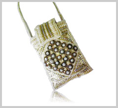 diamond beaded mobile covers